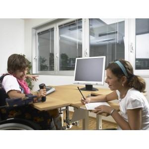 L'ASSETTO OTTIMALE DELLA POSTAZIONE DI LAVORO: a casa, al lavoro, a scuola e nelle attività del...